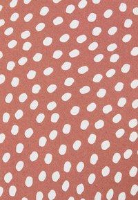 Abercrombie & Fitch - WIDE STRAP SLIP MIDI DRESS - Sukienka letnia - rust - 7