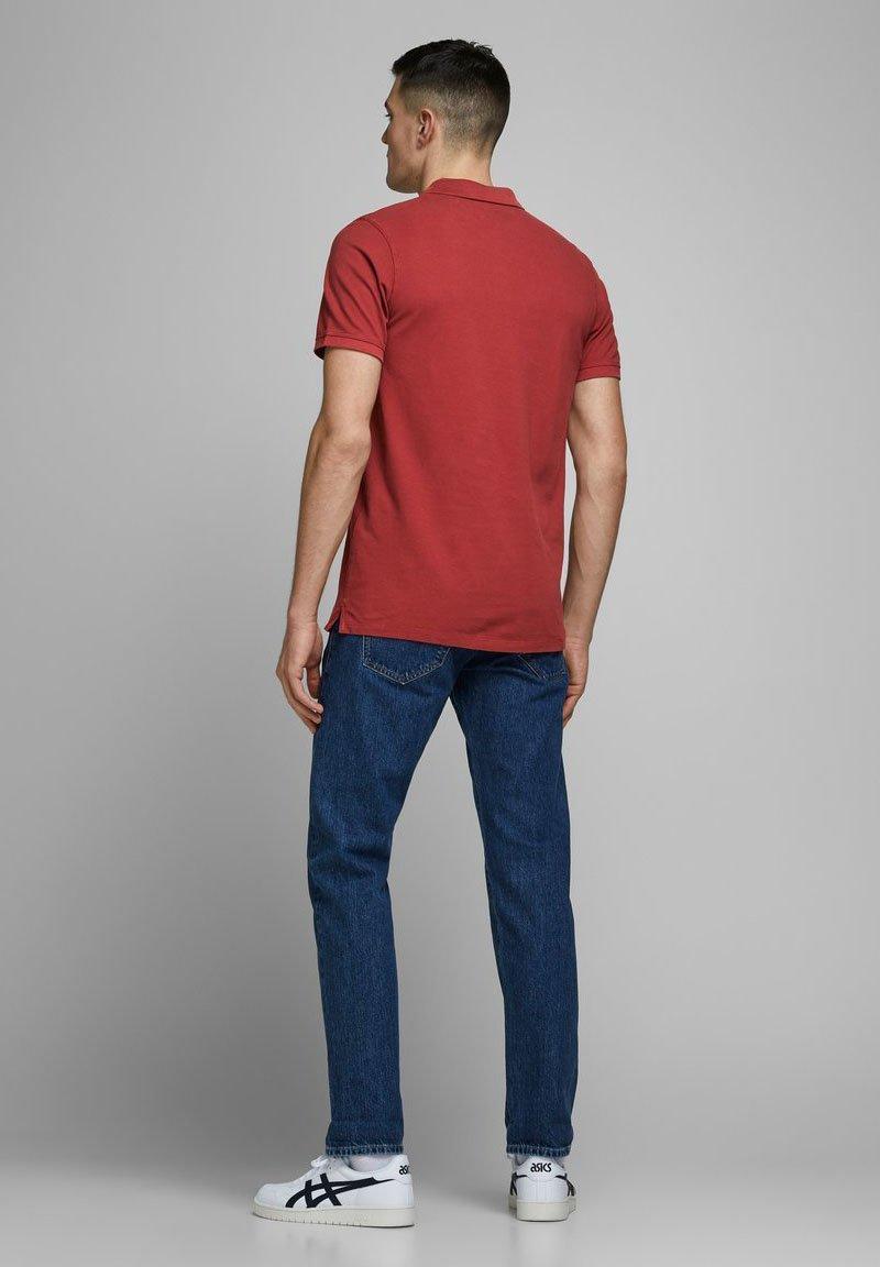Jack & Jones JJEJEANS  - Polo shirt - red dahlia wT6uv