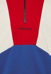 Kaotiko - CREW MURRAY UNISEX - Mikina - rojo/royal - 2