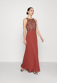 Lace & Beads - AURELIA MAXI - Vestido de fiesta - burnt orange