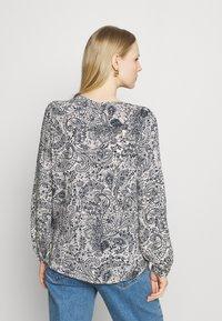 Esprit - FLUENT - Bluzka z długim rękawem - off white - 2