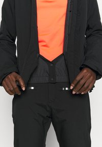 Peak Performance - ANIMA JACKET - Lyžařská bunda - black - 5