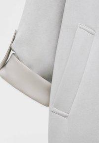 PULL&BEAR - Short coat - grey - 10