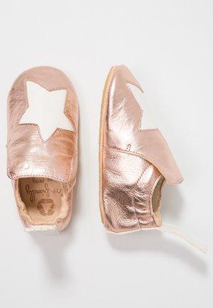 BLUBLU - Patucos - pink/blanc