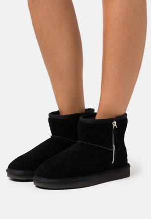 FARISA - Classic ankle boots - black