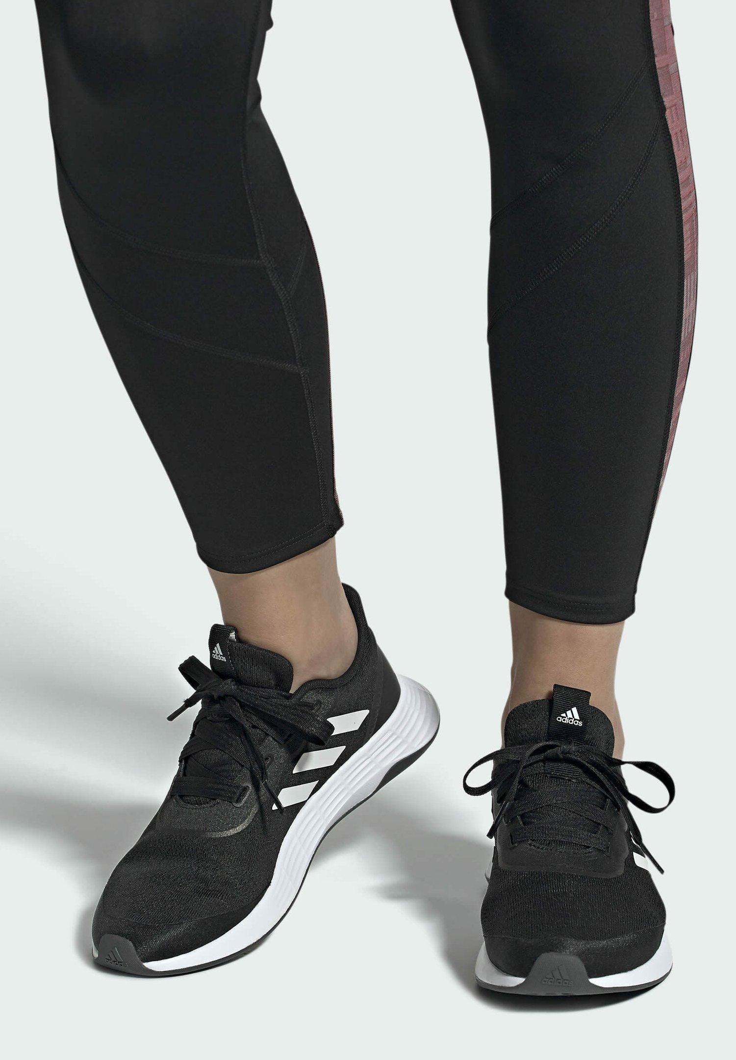 Women QT RACER SPORT LGHTMOTON PRIMEBLUE RUNNING REGULAR SHOES - Sports shoes