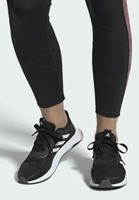 adidas Performance - QT RACER SPORT LGHTMOTON PRIMEBLUE RUNNING REGULAR SHOES - Treningssko - black - 0