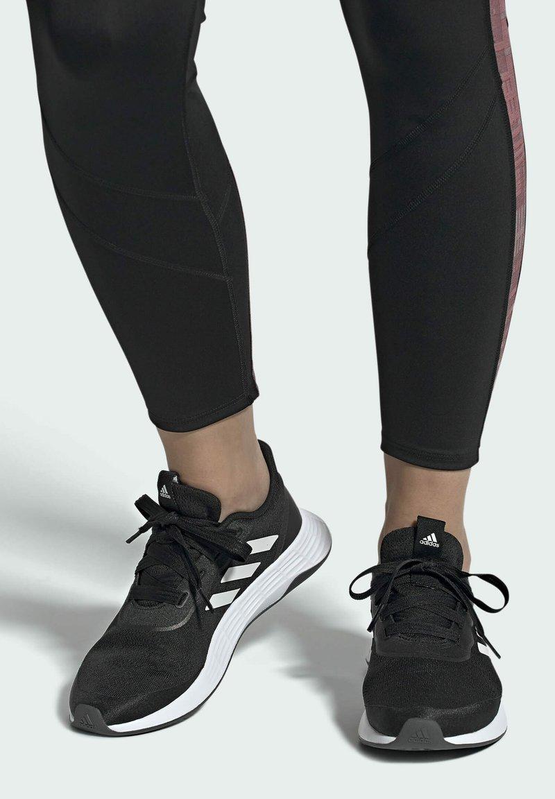 adidas Performance - QT RACER SPORT LGHTMOTON PRIMEBLUE RUNNING REGULAR SHOES - Treningssko - black