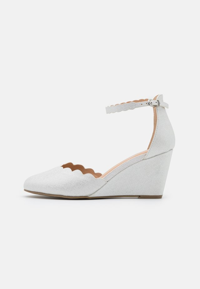 WEDDING - Wedges - white shimmer
