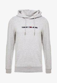 Tommy Jeans - STRAIGHT LOGO HOODIE - Hoodie - grey - 4