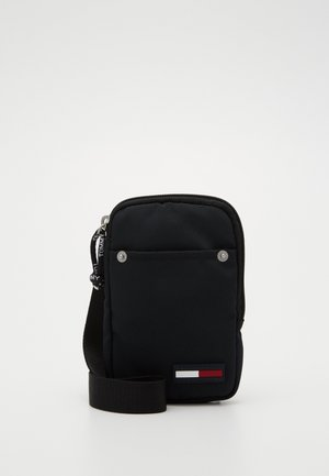 TJM CAMPUS  HANGING WALLET - Wallet - black