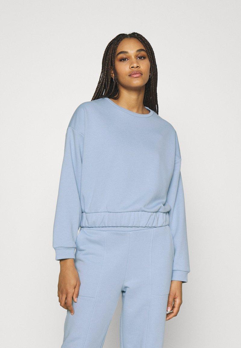 Pieces - PCCOOLIO - Sweatshirt - kentucky blue