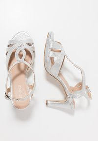 Menbur - Sandaler med høye hæler - silver - 3