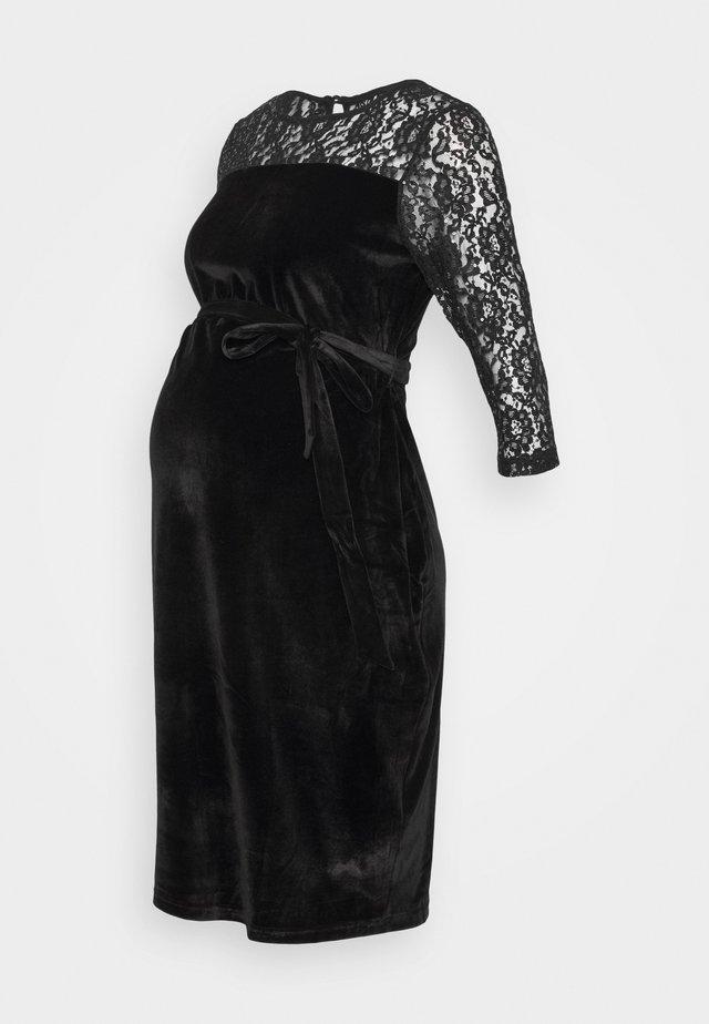 DETAIL FITTED DRESS - Jerseyjurk - black