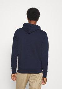 GANT - HOODIE - Sweatshirt - classic blue - 2