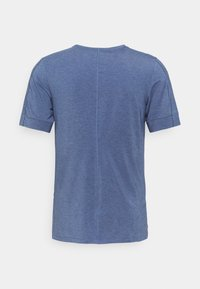 Nike Performance - DRY YOGA - Camiseta básica - midnight navy/ashen slate - 6