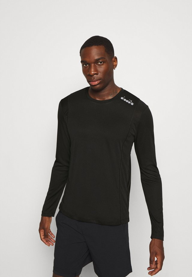 RUN - Long sleeved top - black