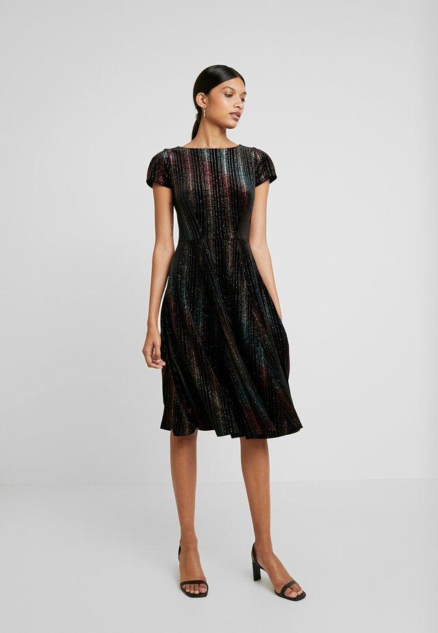 SKATER DRESS - Sukienka koktajlowa - black