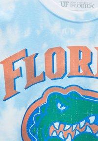 PULL&BEAR - FLORIDA GATORS - Print T-shirt - light blue - 6