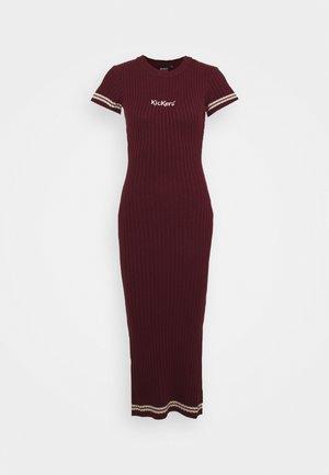 MIDI DRESS - Strikket kjole - burgundy