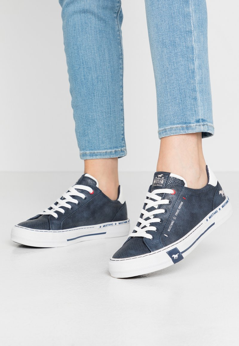 Mustang - Trainers - navy