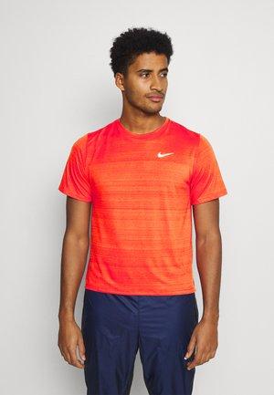 MILER  - T-shirt basic - chile red