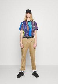 Carlo Colucci - MULTIPACK SET - Print T-shirt - navy - 1