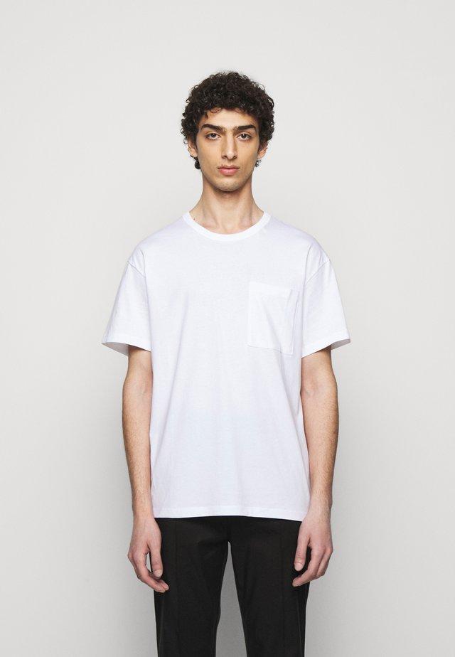 M. BRAD  - Jednoduché triko - white