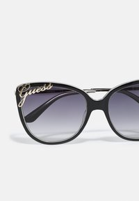 Guess - Sunglasses - shiny black/smoke - 4