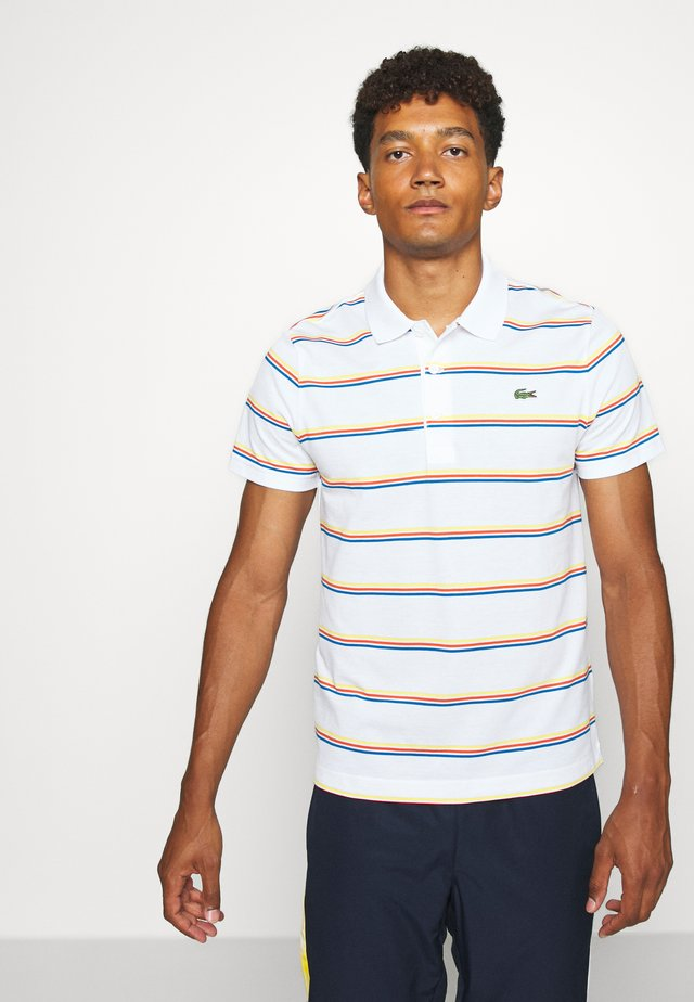 STRIPED - Koszulka polo - white/utramarine/gladiolus/wasp