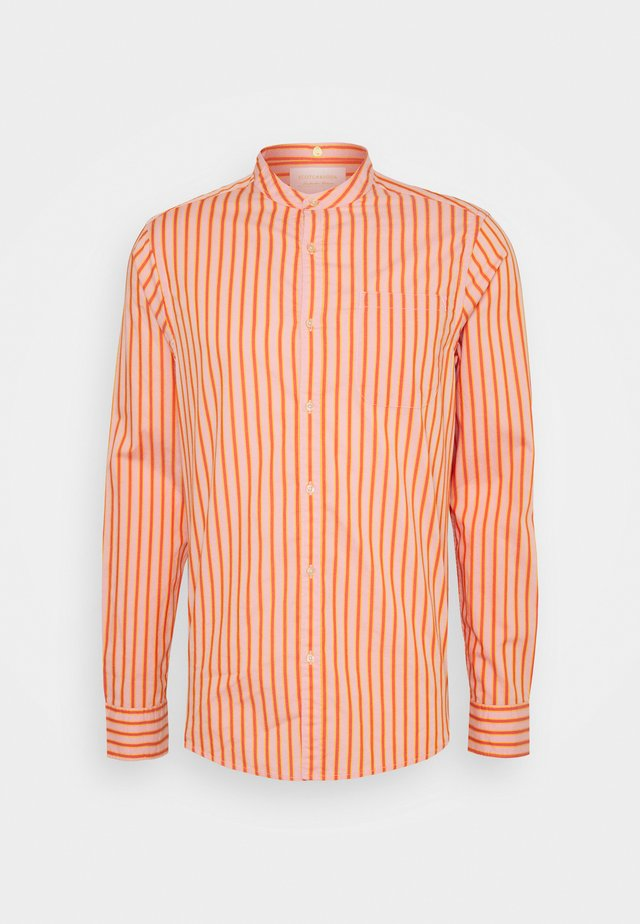 LIGHTWEIGHT STRIPED SHIRT - Camicia - orange