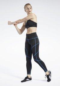 Reebok - MYT CONTRAST STITCH LEGGINGS - Tights - black - 1