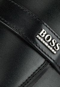 BOSS - Scarpe senza lacci - black - 5