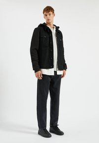 PULL&BEAR - Džínová bunda - metallic black - 1