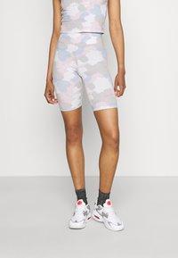 Nike Sportswear - Shorts - photon dust - 0