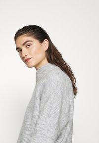 Selected Femme - SLFLULU ENICA  - Jumper - light grey melange - 4