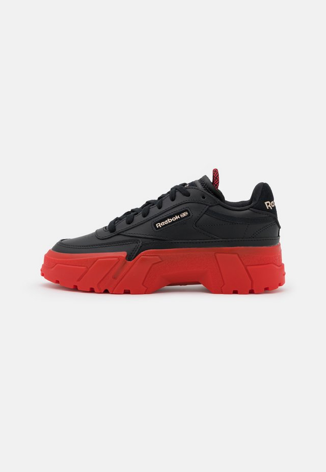 CLUB C CARDI COLLAB CASUAL SNEAKER - Tenisky - core black/dynamic red/rose gold