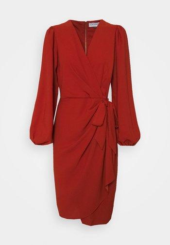 CLOSET PLEATED WRAP DRESS - Cocktail dress / Party dress - rust