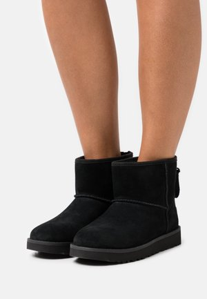CLASSIC MINI LOGO ZIP - Botines - black