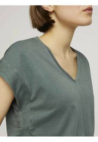 TOM TAILOR DENIM - T-shirt basic - dusty pine green - 3