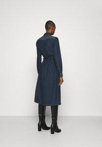 Desigual - VEST CASTIEL - Denim dress - denim medium - 2