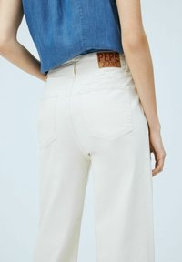 Pepe Jeans - LEXA SKY HIGH - Flared Jeans - denim - 4