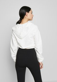 Nly by Nelly - CROPPED ZIP HOODIE - Zip-up hoodie - white - 2