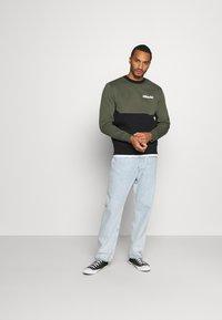 Nike Sportswear - AIR CREW - Mikina - twilight marsh/black/white - 1