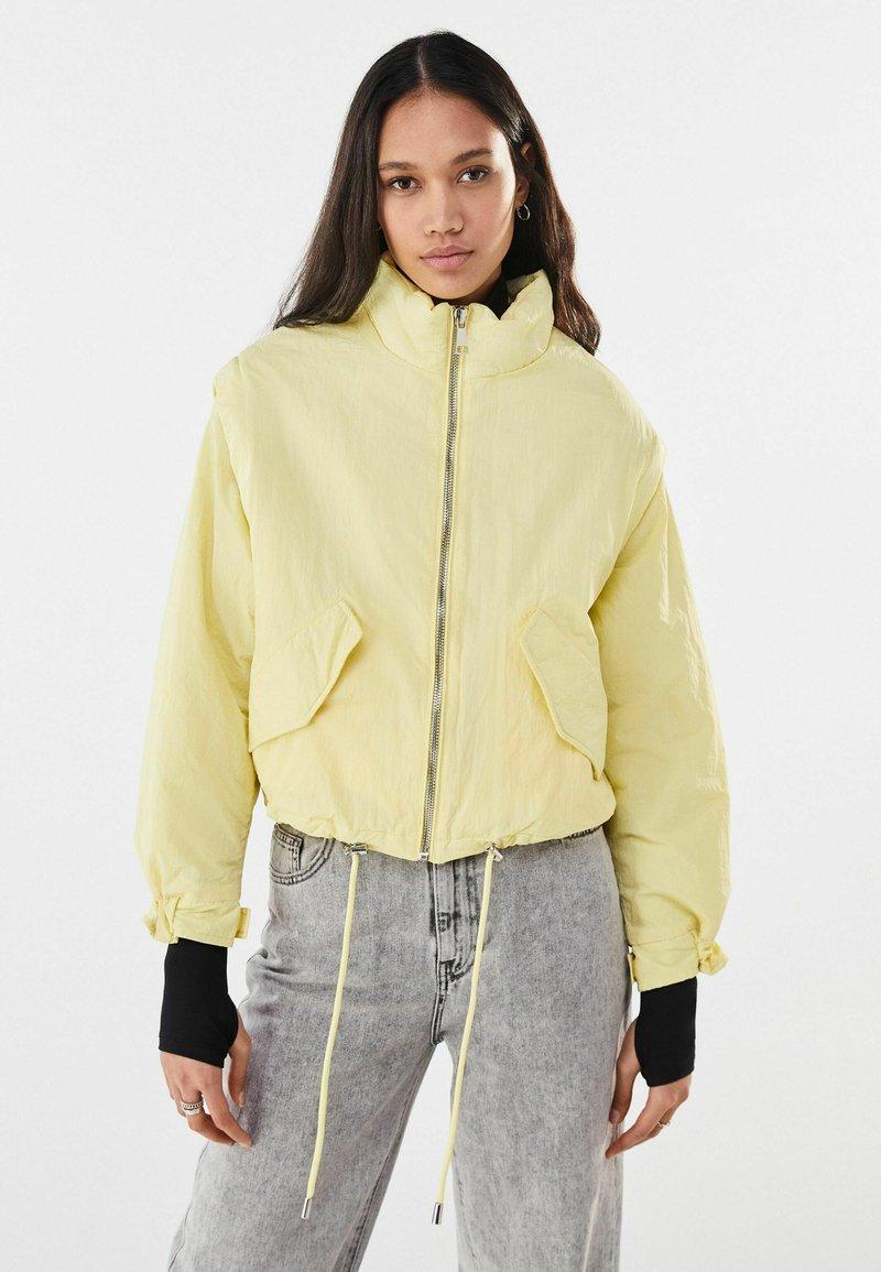 Bershka - Light jacket - yellow
