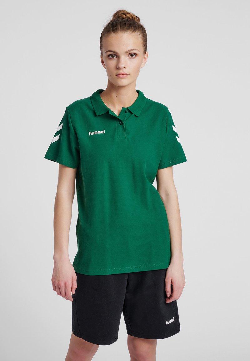 Hummel - Polo shirt - evergreen