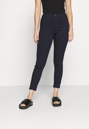 VMJOY SKINNY TAPERED  - Jeans Skinny Fit - dark blue