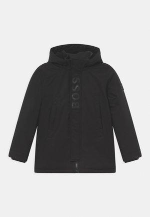 HOODED - Zimní kabát - black