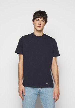BOX LOGO TEE - T-shirt basic - maritime blue