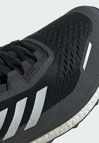 adidas Performance - TERREX AGRAVIC FLOW SCHUH - Nøytrale løpesko - black - 9